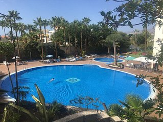 Apartment in centre Playa de las Americas with nice pool and WIFI