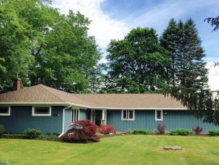 Stylish Home, Steps to Lake Michigan, Minutes to Town