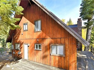 This Alpine Meadows 5 bedroom home is perfect for family and friends! With both