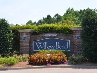 Pet Friendly 2BR/2BA Golf Villa at 1734 Willow Bend on Barefoot Resort and Golf