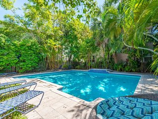 L'etoile 1BR W/ Pool And Private Deck