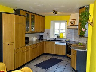 Comfortable prepared but Cottage on the outskirts with panoramic views, Wi-Fi,