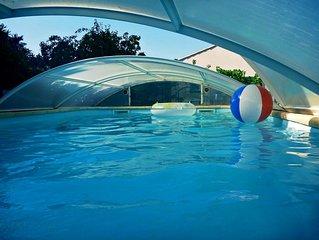 Appartement dans une villa  avec Piscine ( proche  St-Tropez - Cannes - Nice)
