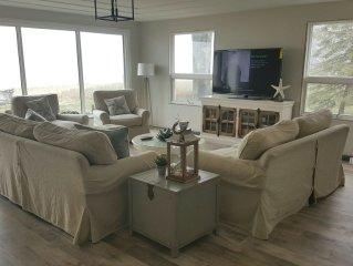 Beautiful Luxury Beachfront Home on Lake Huron - Spectacular Views/ Sugar Sand