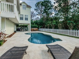 LUXURY Vacation Home in Palm Harbor