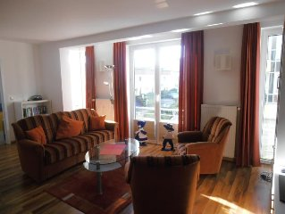 The modern Non smoking apartment is located in the first Floor to Wattenweg (we