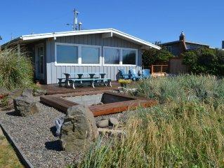 Ocean's Doorstep~MCA# 1121~Enjoy this oceanfront hot tub and incredible views