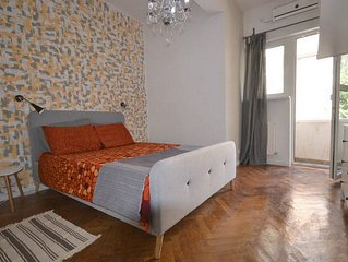 Bond Bucharest–New Central Apartment