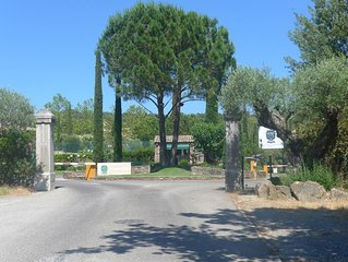 St Tropez - stunning, secure family and  golfers' paradise