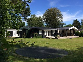 Familienfreundliches Sommerhaus-Ensemble am Kattegat