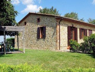 Apartment Podere Cignanbianco  in Castellina in Chianti, Siena and surroundings