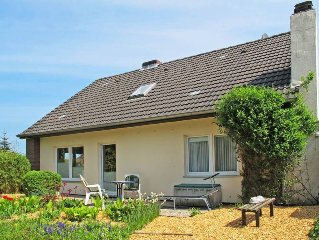 Vacation home in Hohenkirchen - Wangerland, North Sea: Lower Saxony - 9 persons