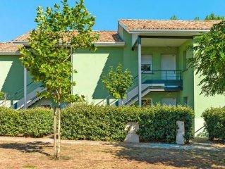 Residence L'Estuaire, Le Verdon-sur-Mer  in Gironde - 6 persons, 2 bedrooms