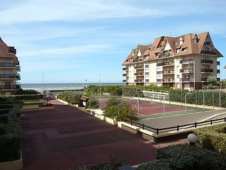 Apartment Les Normandieres  in Cabourg, Normandy - 2 persons, 1 bedroom