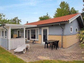 4 bedroom accommodation in Dannemare