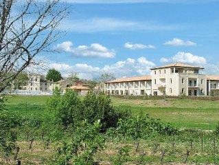 Apartment Res. Le Chateau de Jouarres  in Azille, Languedoc - Roussillon - 8 pe
