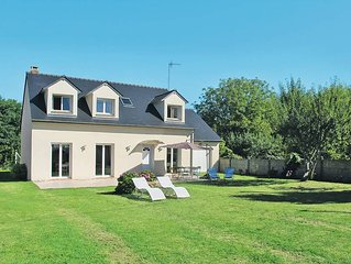 Vacation home in Nevez, Finistere - 8 persons, 6 bedrooms