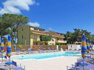 Apartment Residence Riviera  in Cecina Mare, Riviera degli Etruschi - 6 persons