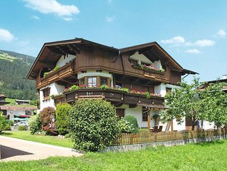 Apartment Landhaus Martin  in Aschau, Zillertal - 5 persons, 2 bedrooms