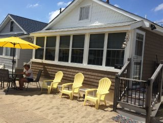 Beautiful Beach House Set Right in the Sand (Parking & 4 beach badges included)