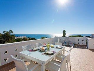 Spectacular Sea Views & Private Roof Terrace, 2 min walk to Oura Beach EO-2E
