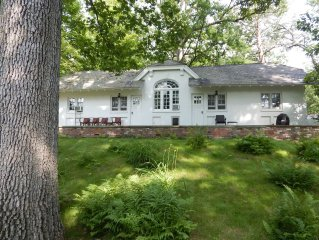 3 Br Cottage on Historic Hudson Valley Estate - Near Bard College