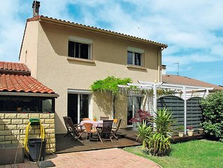 Vacation home in Tarnos, Aquitaine - 8 persons, 4 bedrooms