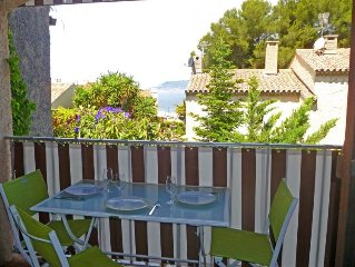 Apartment Les Aigues Marines  in Saint Cyr sur Mer La Madrague, Cote d'Azur - 3