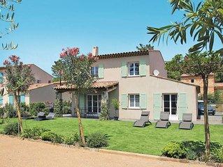 Apartment in La Mole, Cote d'Azur - 8 persons, 4 bedrooms