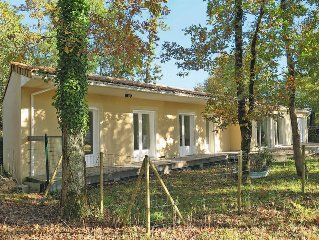 Vacation home in Hourtin, Aquitaine - 6 persons, 3 bedrooms