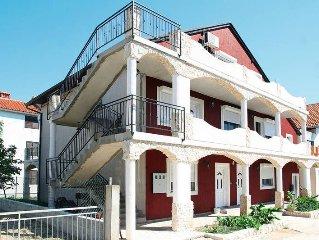Apartment Haus Josip  in Tribunj, Dalmatia - 5 persons, 1 bedroom