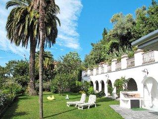 Apartment Appartamento Vittorio  in Capanne di Montignoso (MS), Riviera della V