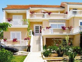Glucks-Appartements in Biograd  in Zadar - 4 Personen, 2 Schlafzimmer