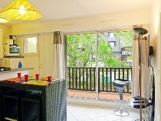 Apartment Le Medicis  in Cabourg, Normandy - 6 persons, 2 bedrooms