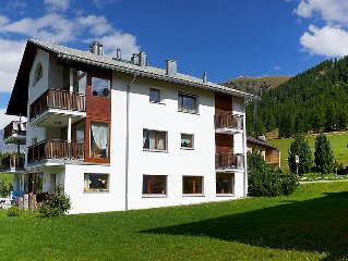 Apartment Chesa Vadret 12  in Pontresina, Engadine - 4 persons, 2 bedrooms