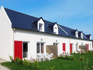 Apartment Residence Les Roches  in Saint Pol - de - Leon, Finistere - 6 persons