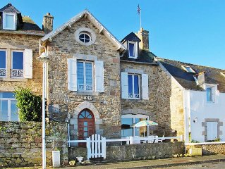 Vacation home in St. Pol - de - Leon, Finistere - 4 persons, 2 bedrooms