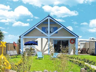 Vacation home in Roscoff, Finistere - 6 persons, 3 bedrooms