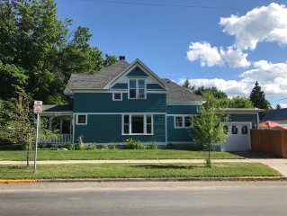 Restored Historic Victorian - 1 Block From Downtown & Jacuzzi Spa