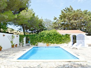 Beautiful Spacious Private Villa 2.5 Acres Free Wifi Air Con Nr Golf & Beach