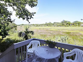 Seabrook Cottage Perfect For Families! 2 Bedrooms and a Loft