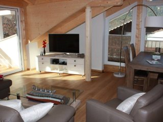 A new attic apartment up to 4 people, 70qm, centrally located in GAP.