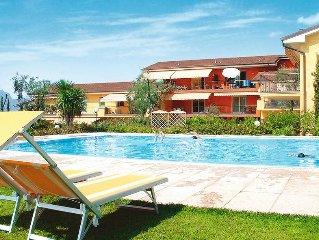 Apartment Residence Le Camelie  in Lazise (VR), Lake Garda/ Lago di Garda - 6 p