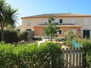 Apartment Domaine de la Paree  in Bretignolles - sur - Mer, Vendee - 4 persons,