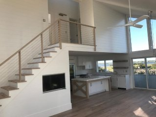 Newly Remodeled Beachfront 'Between the Bridges' In Westhampton Beach