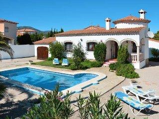 Vacation home in Miami Playa, Costa Dorada - 4 persons, 2 bedrooms