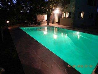 Maison de charme avec piscine, au caractère authentique, au calme
