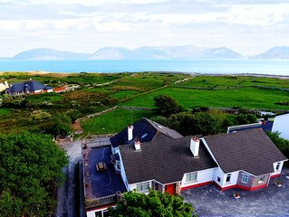 Seabreeze, Barna. Perfect for groups. Sleeps 16- by Cloverleaf Cottages