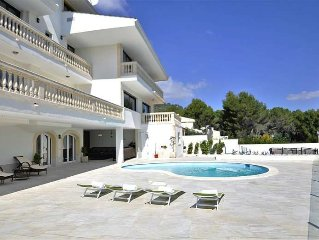 Luxury villa with gym for 14 people in Son Vida (Palma)