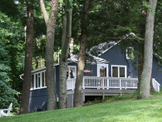 Brower Cottage - Lakefront Secluded Wooded Lot on Hutchins Lake Near Saugatuck